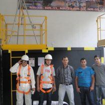Treinamento de Capacitação e Supervisão em Espaços Confinado NR 33 07